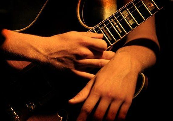 guitar wrist repetitive strain